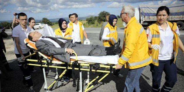 MEB müfettişleri kaza yaptı: 5 yaralı