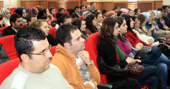 Mesai saatinde olmayan seminerlere katılmayın