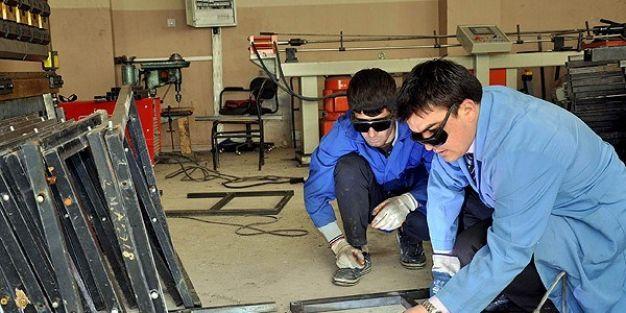 Mesleki ve teknik eğitim yapan programlar