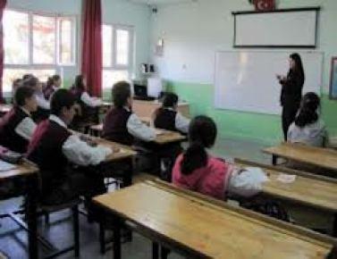 İngilizler, Türkçe öğrenmek için halk eğitim kursuna gidiyor