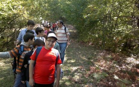 Nilüferli öğrenciler doğa yürüyüşü yaptı