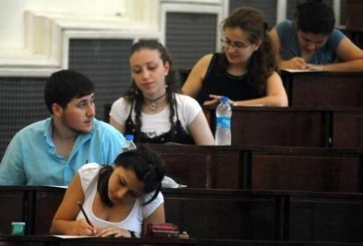 OECD'den Türkiye'nin eğitim karnesi