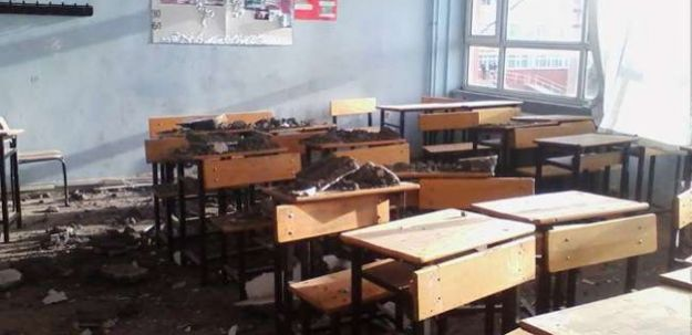 Öğrenciler sınıfa girince dehşete düştü