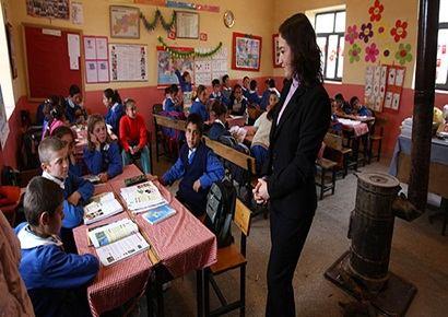 Öğretmen Stratejimizi Gözden Geçirmeliyiz