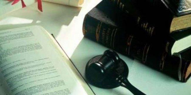 Öğretmen, devlet memurluğundan çıkarıldı; yargı kararı ile geri döndü