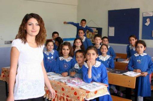 Öğretmenler Gününde Öğretmene El Öp Emri