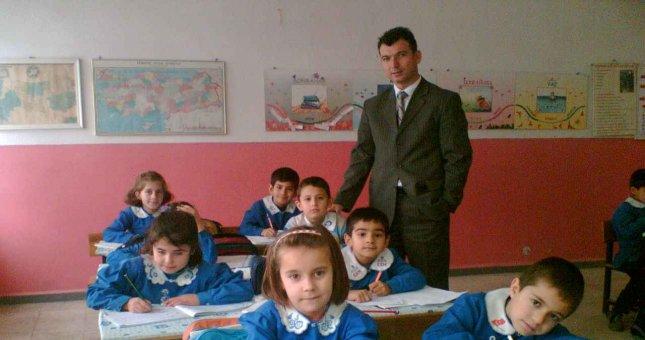 Öğretmenler, öğrencilerin kral olduğu dönemde öğretmenlik yapıyorlar