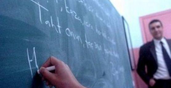 Öğretmenler Haklarını Bir Bir Kaybediyor.