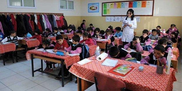 Öğretmenler ilk yıllarındaki heveslerini neden kaybediyor ?