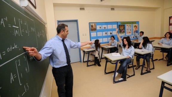 Öğretmenlere Ek Hizmet Puanı Resmi Gazetede Yayınlandı