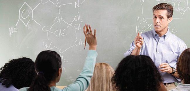 Öğretmenlerin Önündeki Engeller Kaldırılsın
