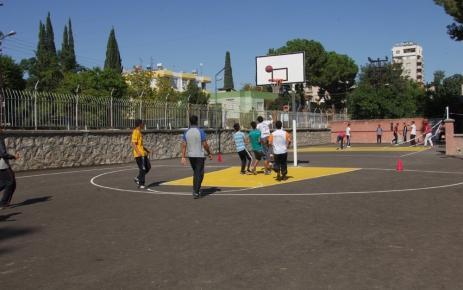 Okulların bahçesi SODES Projesiyle asfaltlandı