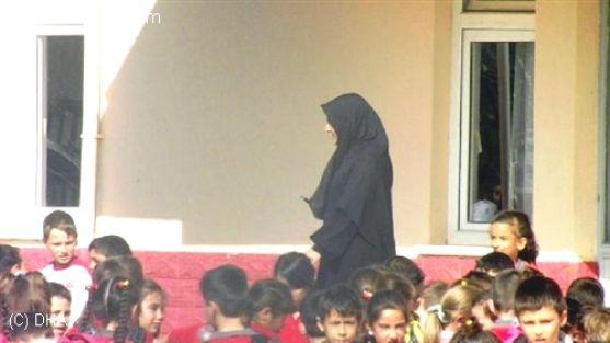'Olay Öğretmen' E Dayak Suçlaması