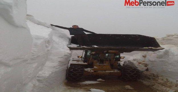 Ordu'da mayıs ayında yoğun  kar mücadelesi