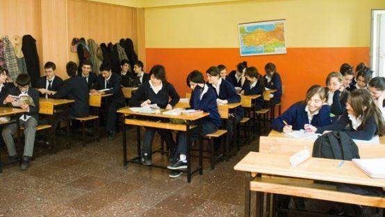 Ortaöğretim Kurumlarına Yerleşen 9. Sınıf Öğrencilerinin Nakil İşlemlerinin İşleyişi
