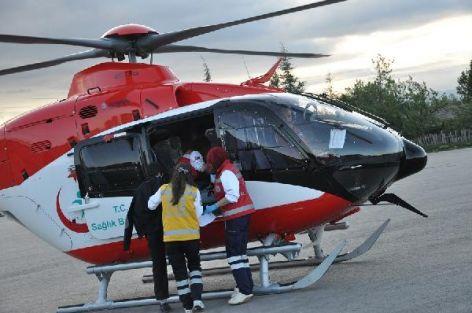 Parmağı kopan öğretmene ambulans helikopter