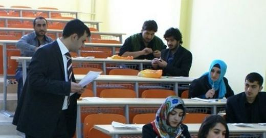 Sınav Görevlisi Belirleme İşlemleri Nasıl Yapılıyor