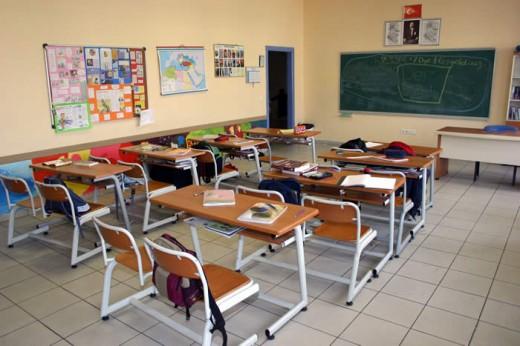 Sınıf Öğretmenlerine Sınıf Verilmesi 'Kriteri'ne Dava Açıldı