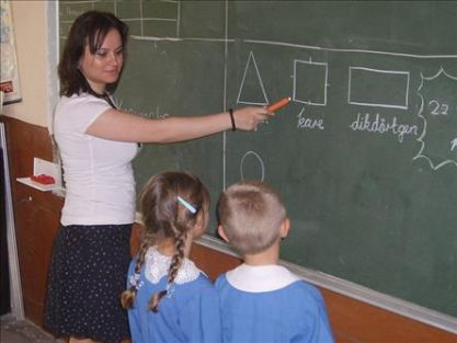 Sınıf öğretmenlerinin bitmeyen çilesi