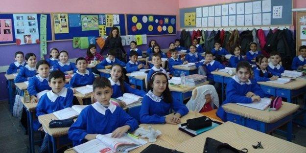 Sınıf öğretmenliğine neden 6 bin kadro verildi?