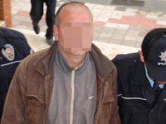 Tacizci öğretmene 4 yıl 8 ay hapis!