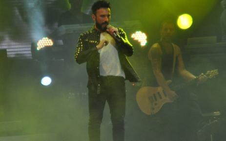 Tarkan Bursa'da 110 bin kişiye konser verdi