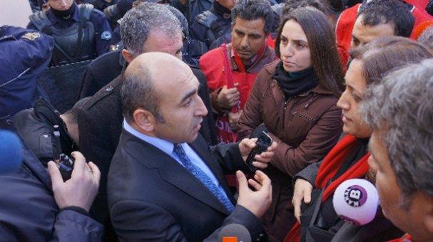Taşeron sağlık çalışanları bakanlık önünde sendika üyeliği istedi