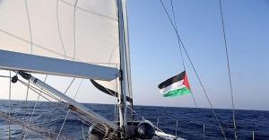 'İsrail uluslararası hukuku yeniden...