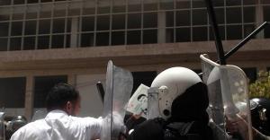 Filistin polisi bazı Hamas yetkililerini...