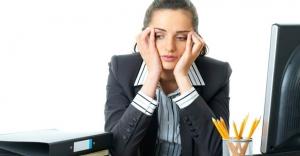 İş arkadaşına kötü davranan memur hangi cezayı alır