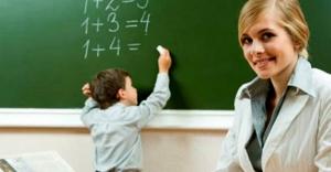 Öğretmen, Adaylığını İki Kez Kaldırır