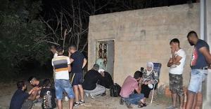 Suriyeli sığınmacıları bekçinin dikkati...