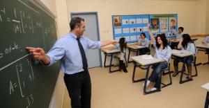 Yeni Atanacak Öğretmenlere 'Staj' Şartı Getiriliyor