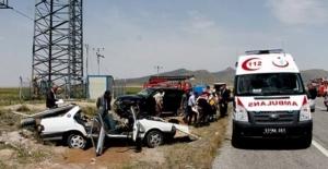 Niğde'de trafik kazası: 3 ölü, 3 yaralı