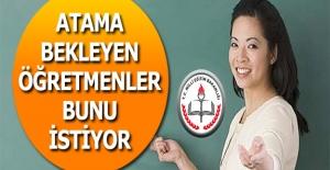 Öğretmen Adayları İmza Kampanyası...