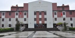 Düzce'de 9 kamu çalışanı tutuklandı