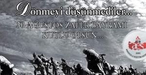 """""""Günümüze kadar gelebilmiş olmamızı Mustafa Kemal ATATÜRK'e borçluyuz"""""""