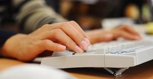 YÖK'ün e-kayıt uygulamasına yoğun ilgi