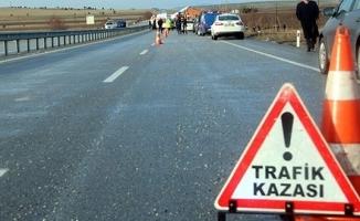 Konya'da minibüsün çarptığı 2 lise öğrencisi öldü