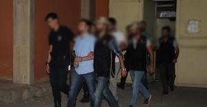 Manisa'da öğretmenin de bulunduğu 3 kişi tutuklandı