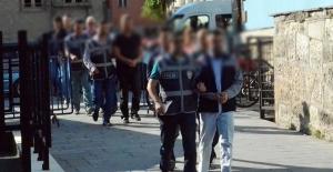 Yozgat'ta 14 öğretmen ve emniyet personeli gözaltına alındı
