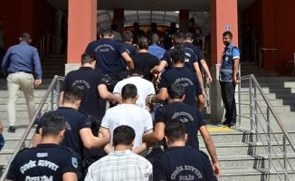 Kilis'te 22 polis memuru gözaltına alındı