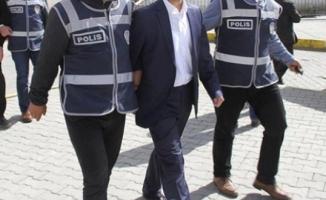 Mersin'de FETÖ soruşturması: 2 öğretmen tutuklandı