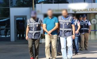 4 ilde, 5 eski öğretmen gözaltına alındı