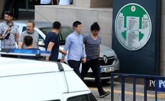 Adıyaman'da 2 öğretmen ve bir sağlık memuru gözaltına alındı