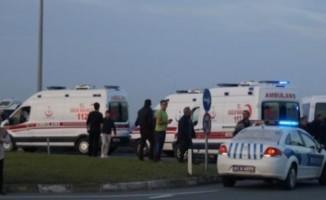 Öğrenci servisi ile belediye otobüsü çarpıştı: 14 yaralı