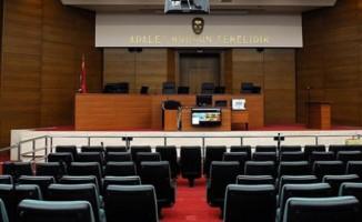Öğretmen, akademisyen ve polis 13 sanık hakim karşısında