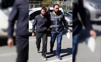25 eski öğretmen FETÖ'den gözaltına alındı