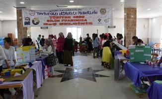 Köy okulunda 'TÜBİTAK 4006 Bilim Fuarı' açıldı