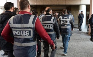200 polisle FETÖ operasyonu!